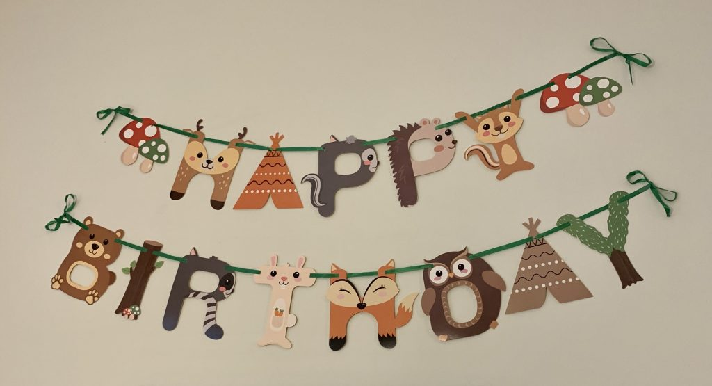 Woodland themed happy birthday banner.