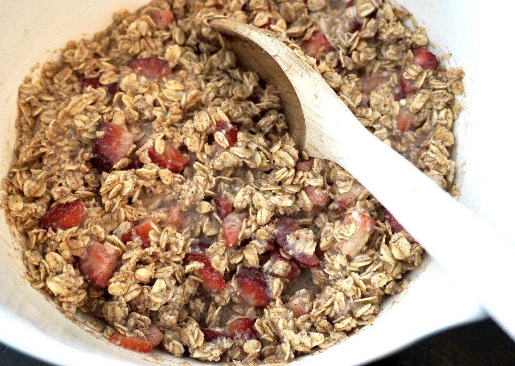 Berry oatmeal bar mix in bowl.